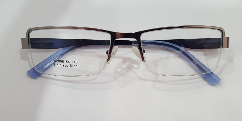 Front View of Metal Frames A2896